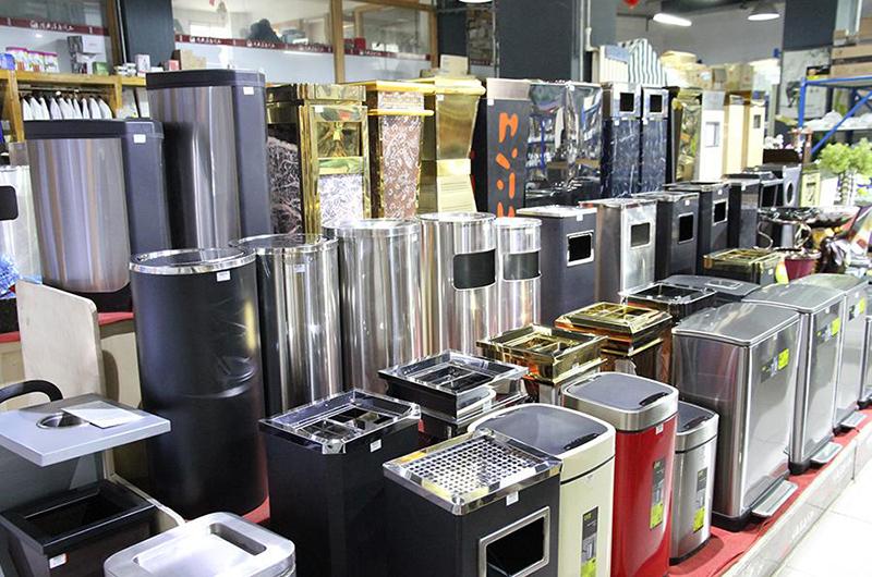 Thị trường cung cấp thùng rác tại Hà Nội và TP Hồ Chí Minh