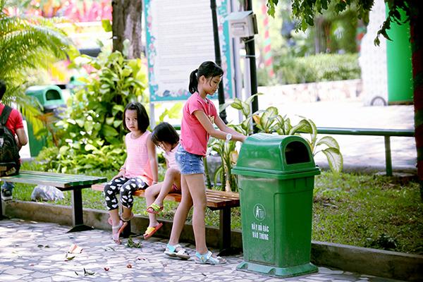 Thiếu thùng rác công cộng ở thành phố Vinh