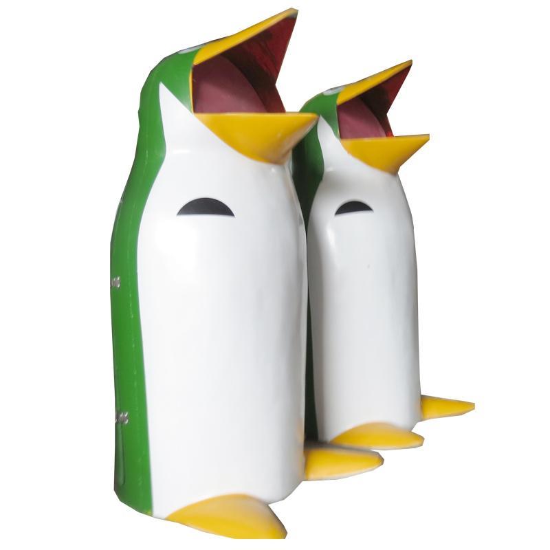 Thùng đựng rác hình chim cánh cụt