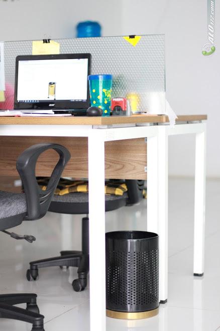 Thùng rác lưới sử dụng trong văn phòng làm việc