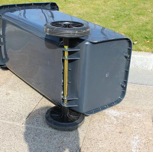 Bánh xe cao su đặc hỗ trợ quá trình vận chuyển